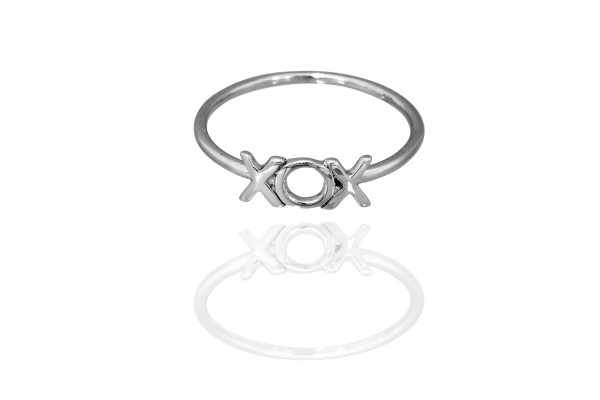 ChasingCaitChristmasGiftGuide_2_ring